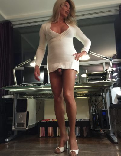 TSDee Low Cut Short White Dress IMG 0791