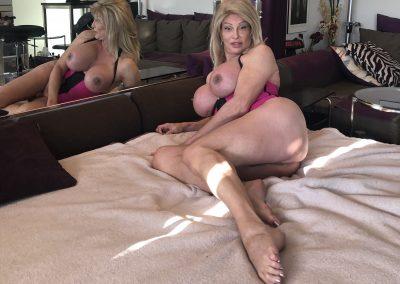 TSDee Pink Corset Blonde IMG 2005Edited