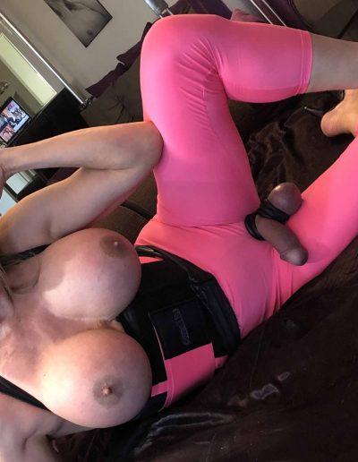 TSDee.com Pink Yoga Pants Pink Corset IMG 2354