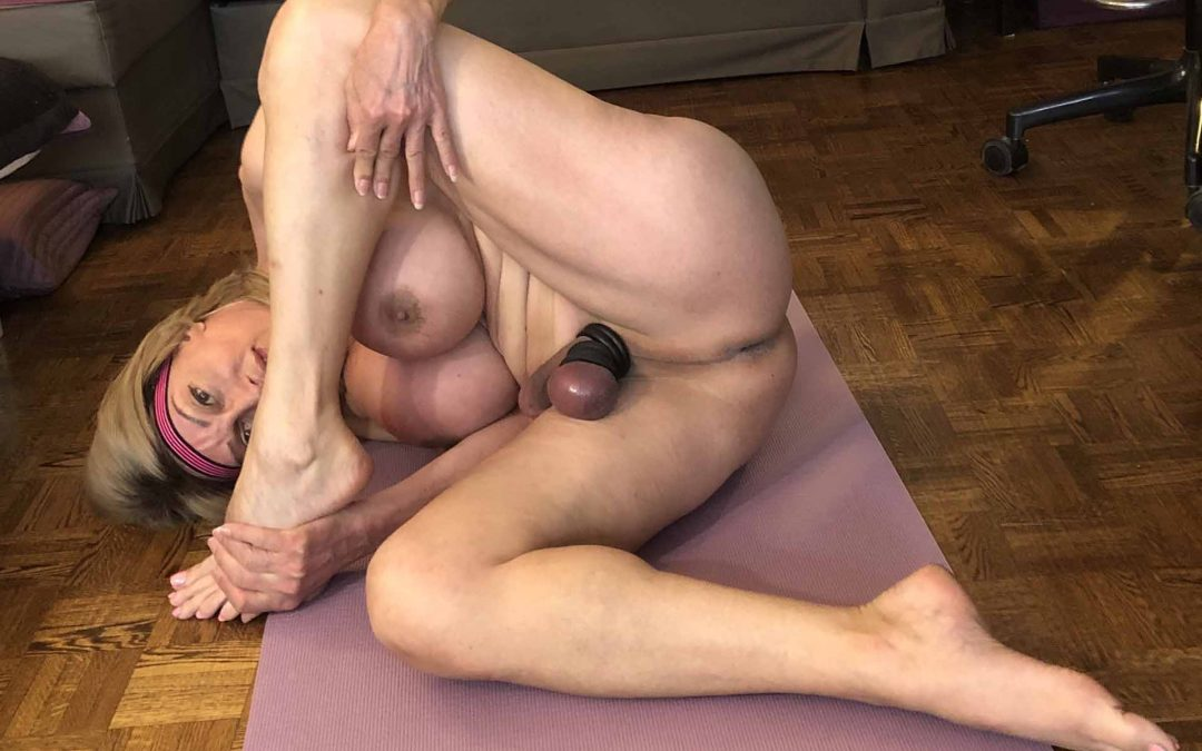 Role Play: Very Hot Erotic Naked Yoga