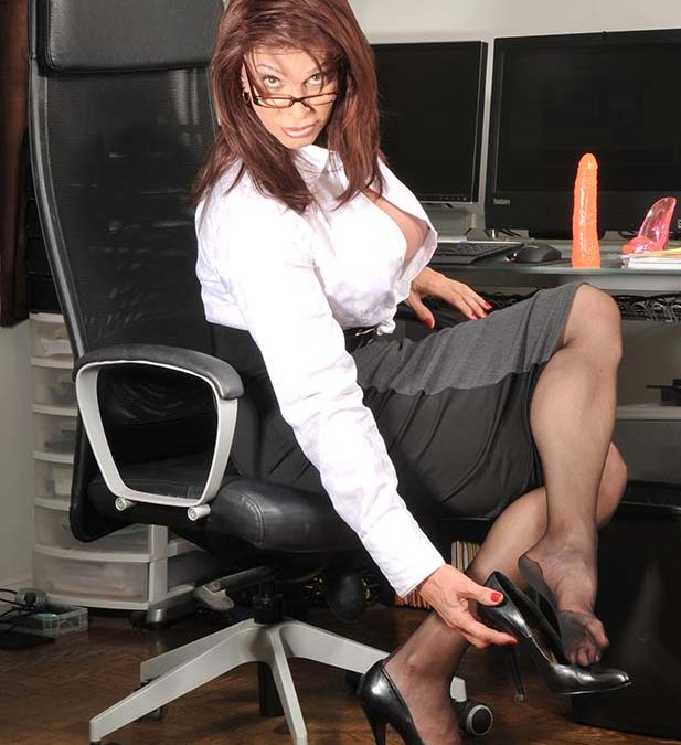 Role Play: Secretary Miss Dee