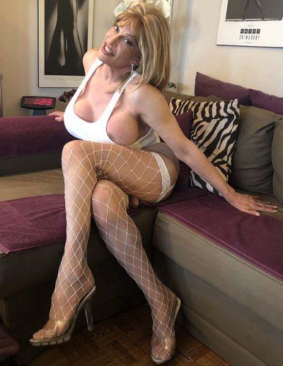 TSDee.com White Wife Beater IMG 2914